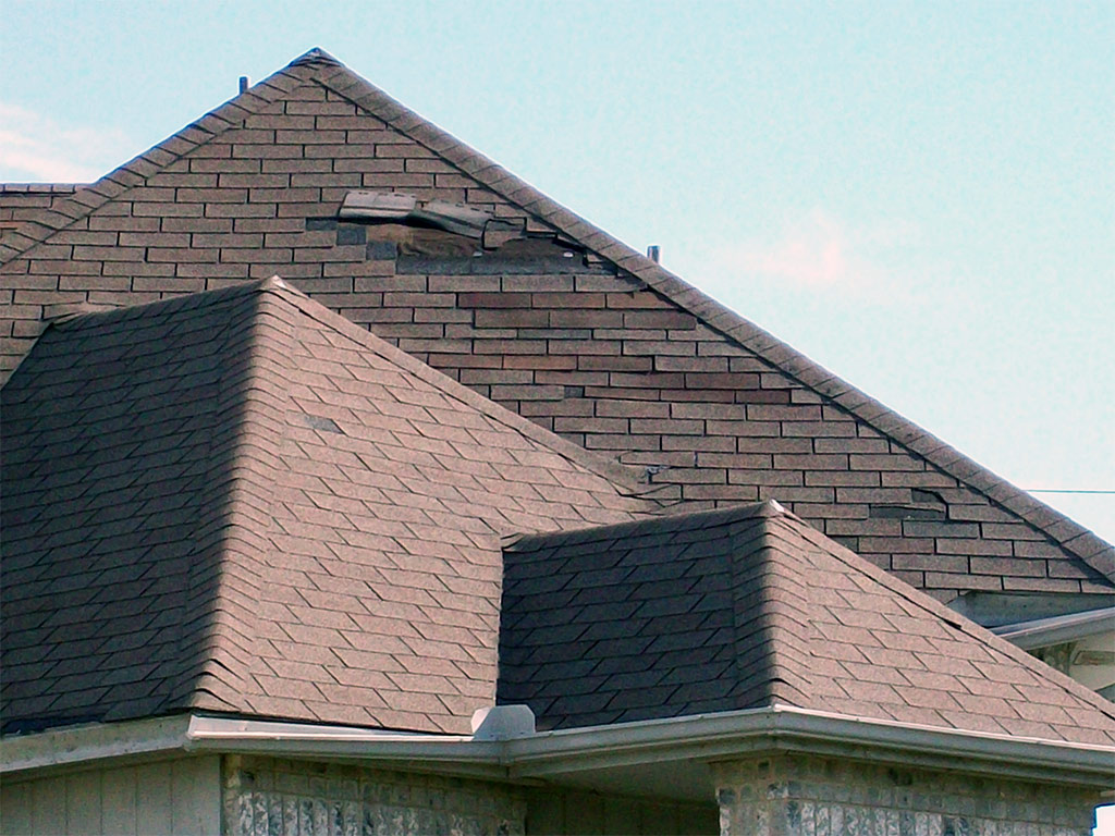 Roof with wind damage
